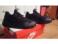 Nike huarache size 10