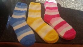Brand new MICROFIBRE STRIPY LADIES SOCKS. Available in Pink, Yellow or Blue. 3 Pairs for £5