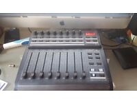 Behringer BCF2000 Mixing Controller