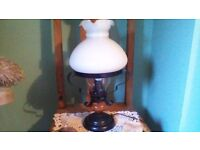 BEAUTIFUL LAMP,..MATCHING CENTRE LIGHT ALSO AVAILABLE..PLEASE SEE ALL PICTURES