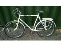"Muddy Fox Courier bike 54cm 21"" frame"