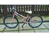 Girls pink bike suitable 9-12 year old