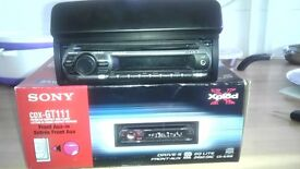 Sony Xpod Car cd player CDX GT-111 with front Aux