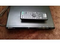 Sony DVP-SR170 DVD Player Scart Output Dolby Digital Region 2 Black w/ Remote