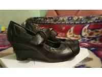 Diechman size 3 wedge shoes