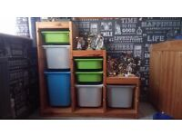 Solid pine storage with 7 boxes. In very good condition.