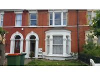 DSS WELCOME LOVELY 3 BEDROOM FLAT TO RENT IN A TERRACE HOUSE IN FOREST GATE E7
