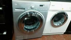 Wash machine Lg 8kg nearly new wity waranty offer sale £170