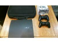 80gb Ps3 with games and two controlers