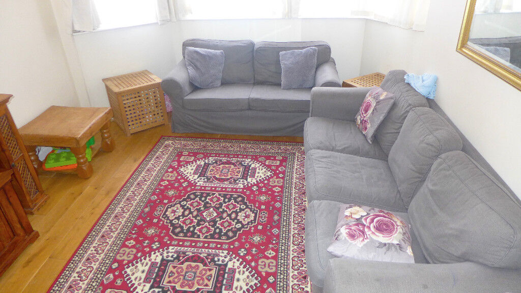 SPACIOUS THREE BEDROOM FURNISHED HOUSE AVAILABLE TO RENT IN CLOSE PROXIMITY TO EAST CROYDON STATION