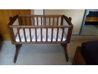 Lovely crib, great condition