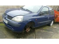 clio 1.5 dci diesel breaking all parts available text or ring