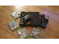 Xbox one 500gb + one controller + 4 games