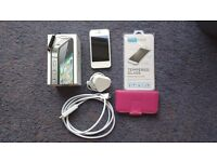 White 16GB iPhone 4S Unlocked Immaculate Condition