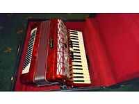 piano accordion 120 bass very good condition not hardly used