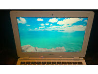 Acer Chromebook CB3 -111 Excellent condition Collect from Fleet(Hants) or Wokingham(Berks)