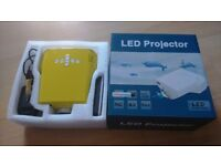 Projector as new in box - yellow