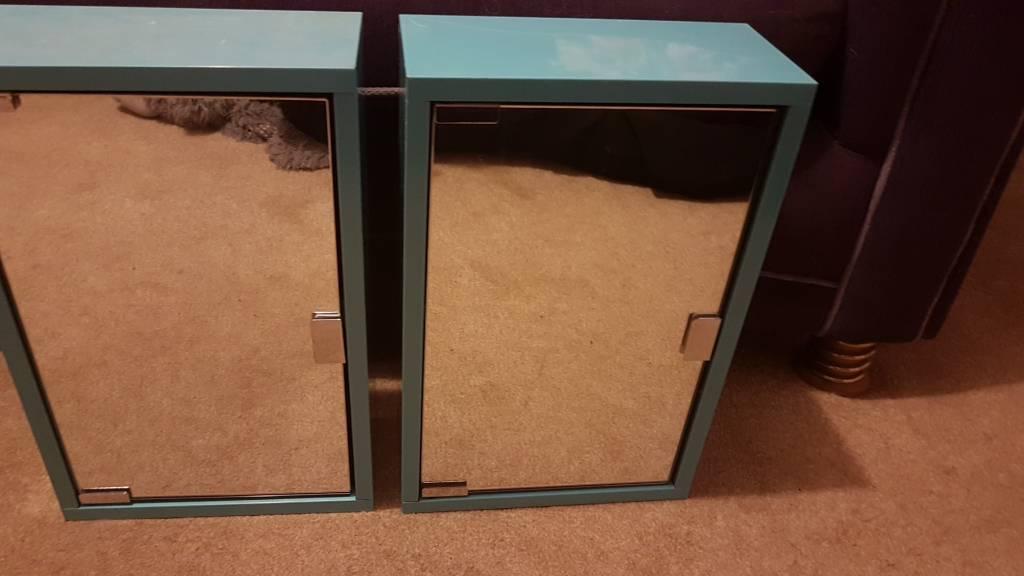 2 new bathroom cabinets
