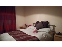 Room available in 2 bedroom flat in Gorgie