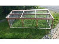 Small animal run, suitable for Guinea Pigs, Tortoise or Rabbits.