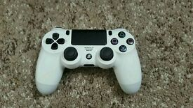 PS4 (PlayStation 4) wireless dualshock controller - WHITE