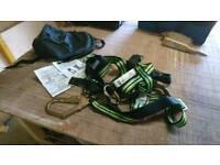 Fall arrest restraint harness kit