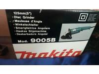 NEW BOXED Makita 9005B 125mm 5inch Disc Grinder