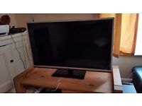 """Toshiba 40"""" Full HD (1080p) Smart TV with Active 3D, 3D glasses included."""