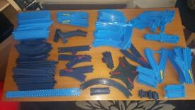 Large train set, loads of bits in this set