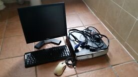 HP Compaq Ultra-slim 2.13 GHz Core 2 Duo + DELL 17' monitor keyboard mouse webcam Windows XP Pro