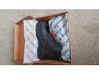 Hercules 940 Safety boots size 9 black