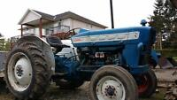 tractor for sale Ford 3000 diesel asking $3900 obo