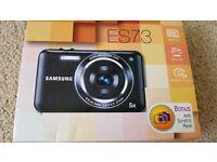 Samsung ES73 digital camera