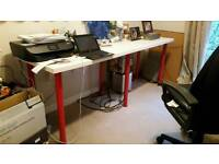 Desk with 6 red legs