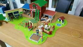 ELC Wooden Farm with animals