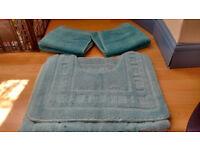 Sparkhill - Turquoise bath mat set - £4