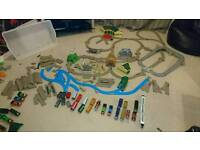 Thomas Tomy trackmaster massive bundle - cost over £200!