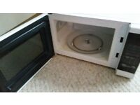 Morphy Richards 20l touch control white microwave