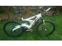 Saracen raw pro full suspension mountain bike