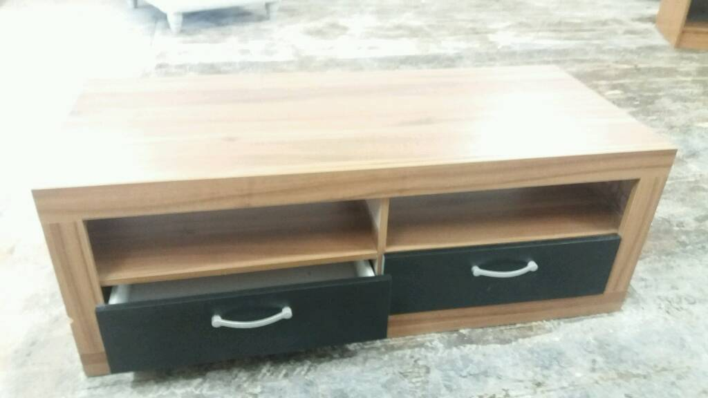 """Coffee table Tv stand etc no.7in Warrington, CheshireGumtree - Coffee table Tv stand etc no.7 Ex display unit Might have some marks (see pics) etc In very good condition Size H43,5/17"""" L120,5/47,5"""" D52/20,5"""" Price £35 For more info or collection contact me on 07564240535 Could deliver locally for extra..."""