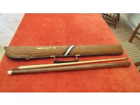 Snooker Cue, two piece