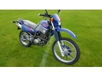 Yamaha xt600e trail bike