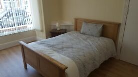 **DOUBLE ROOM TO LET**SUPPORTED ACCOMODATION**BENEFITS ONLY**KINGS HEATH**STATION ROAD**