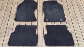 Ford Focus Mk1 carpet floor mats