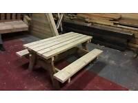 Child's picnic nic bench