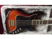 HOFNER BASS GUITAR AND HARDCASE
