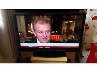 """47"""" FULL HD FREEVIEW LCD TV WITH REMOTE CONTROL & STAND"""