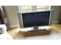 42 inch Hitachi plasma tv with remote. Good condition.
