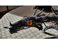 DRAGON - A large unique metal dragon that lights up!