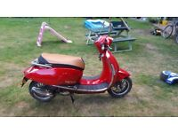 Lovely little lexmoto vienna 50cc scooter for sale.